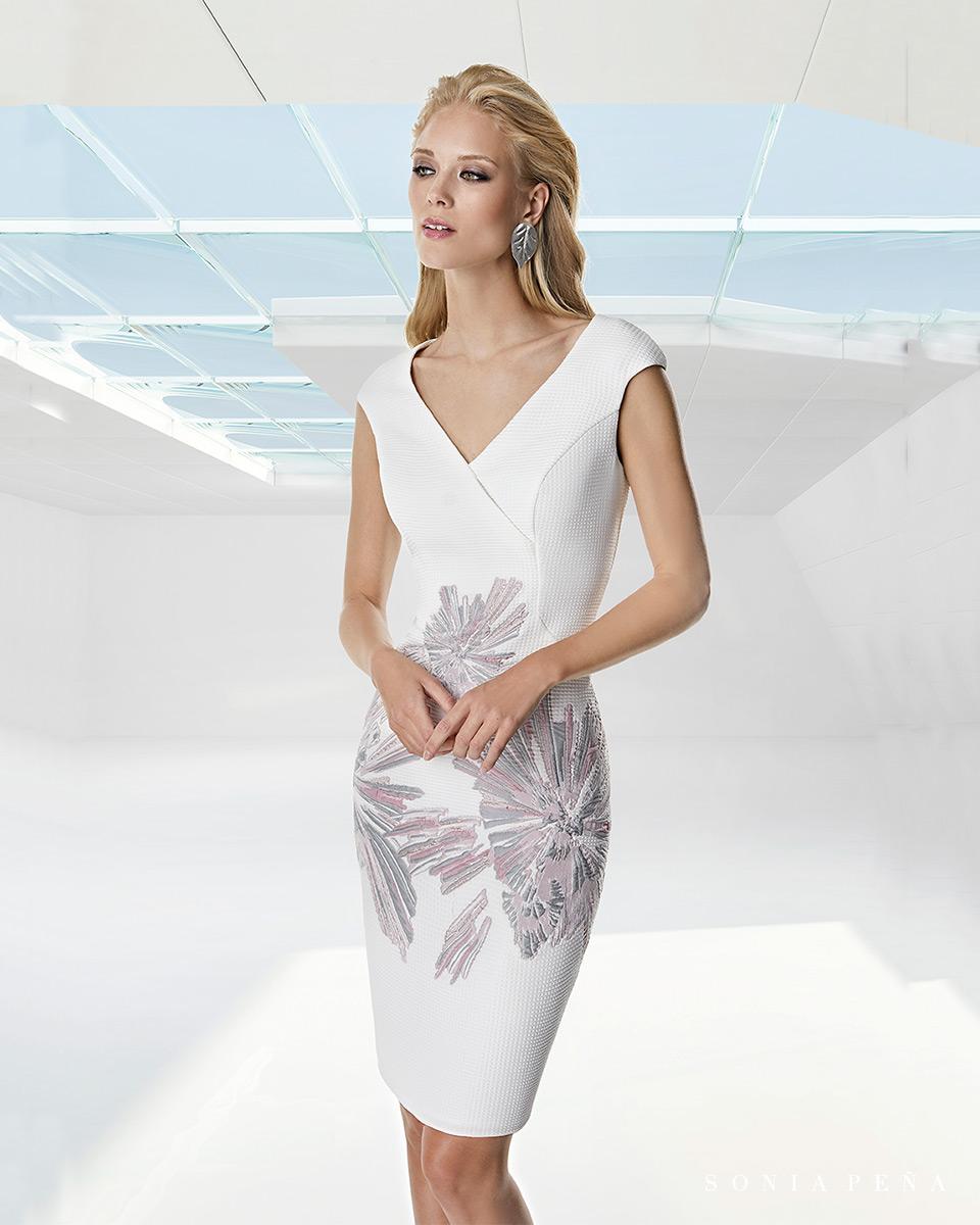 Vestito corto. Primavera Estate 2020 Collezione Trece Lunas. Sonia Peña - Ref. 1200035A
