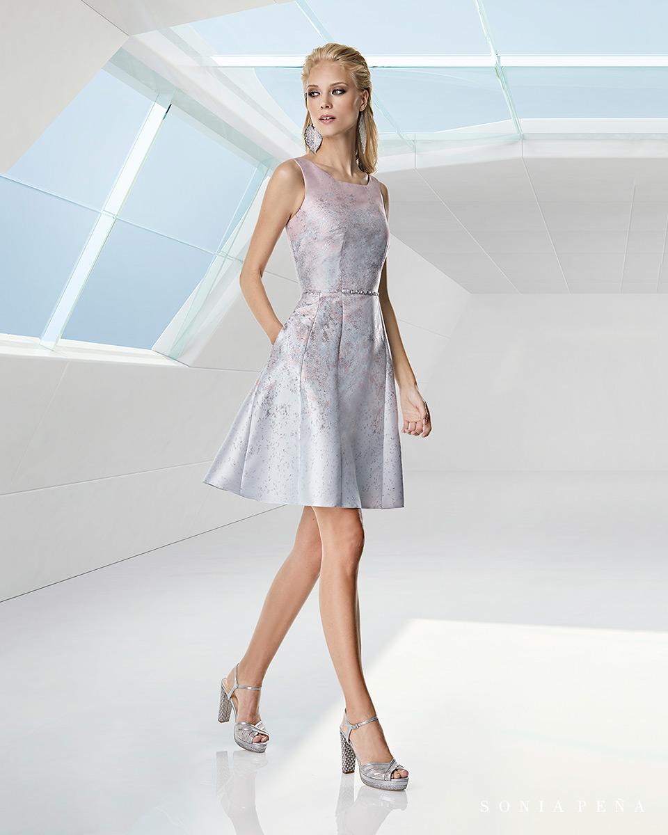 Vestito corto. Primavera Estate 2020 Collezione Trece Lunas. Sonia Peña - Ref. 1200058A