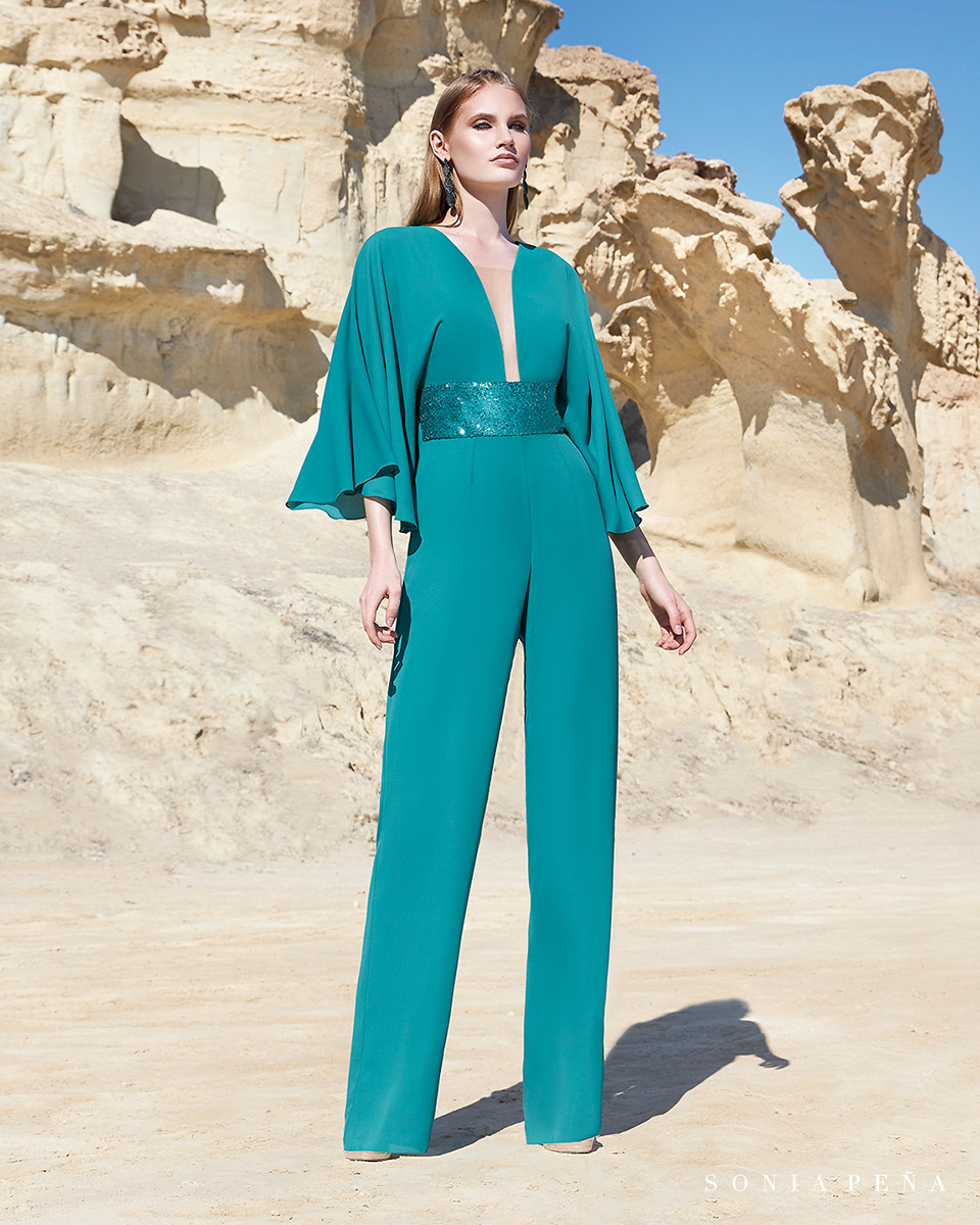 Pant suits, Trouser suits, trousers and Jumpsuits. Spring-Summer Trece Lunas Collection 2020. Sonia Peña - Ref. 1200129