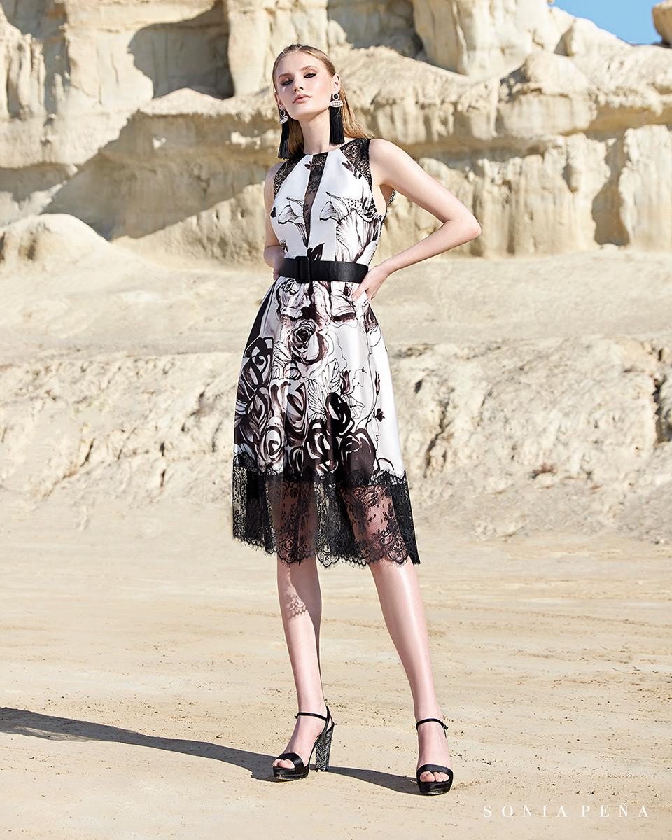 Vestito corto. Primavera Estate 2020 Collezione Trece Lunas. Sonia Peña - Ref. 1200134