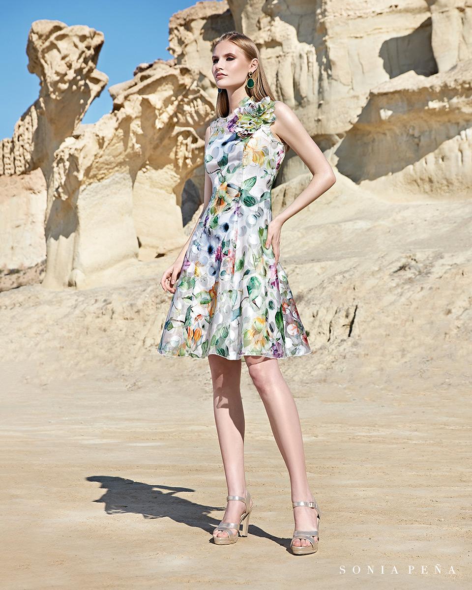 Vestito corto. Primavera Estate 2020 Collezione Trece Lunas. Sonia Peña - Ref. 1200144