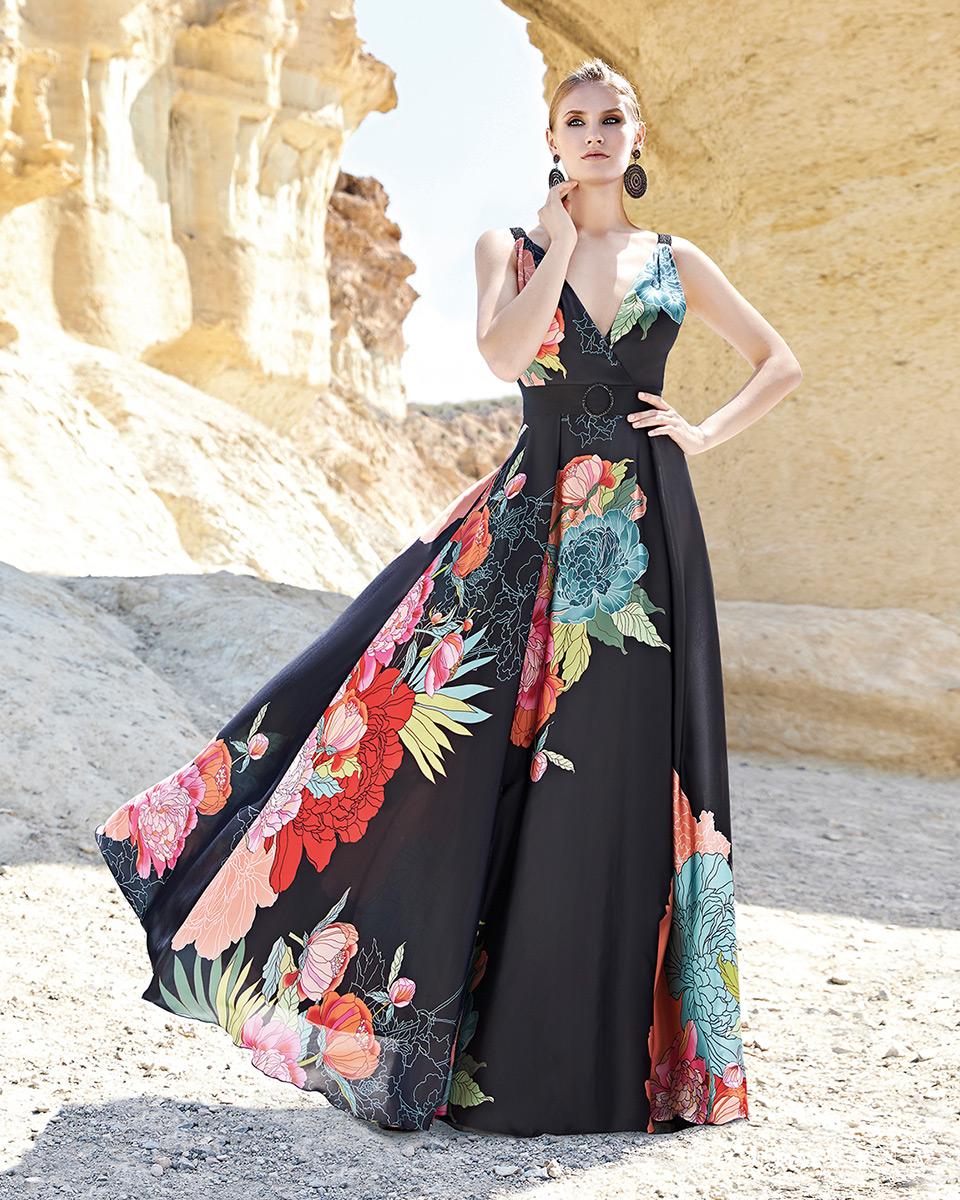 Vestito lungo. Primavera Estate 2020 Collezione Trece Lunas. Sonia Peña - Ref. 1200166